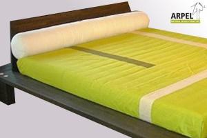 Nackenrolle als Betthaupt für Doppelbett