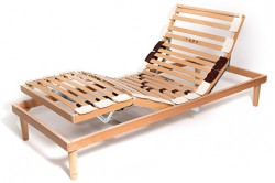 Height adjustable slatted bed bases